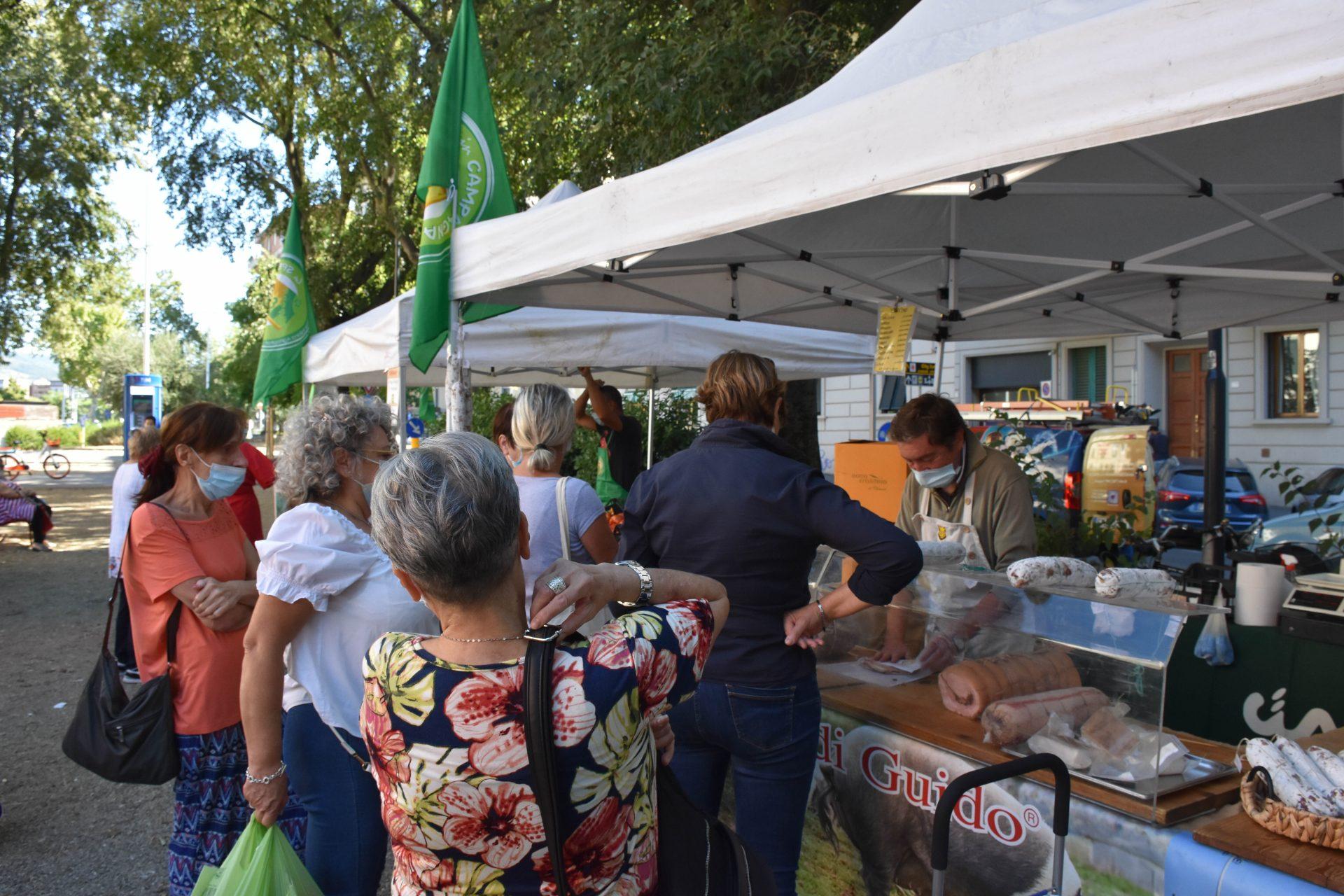 FOTO / Inaugurato il mercato contadino Cia di via Maddalena, sabato 4 settembre al via quello di piazza Alberti